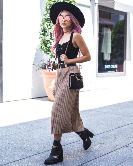 Francis Lola (@flamcis) in the Shubert Alley Skirt